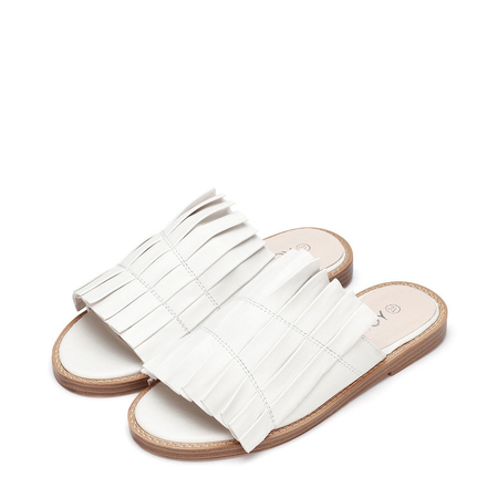 Yoins White Leather Look Pleated Flat Slippers
