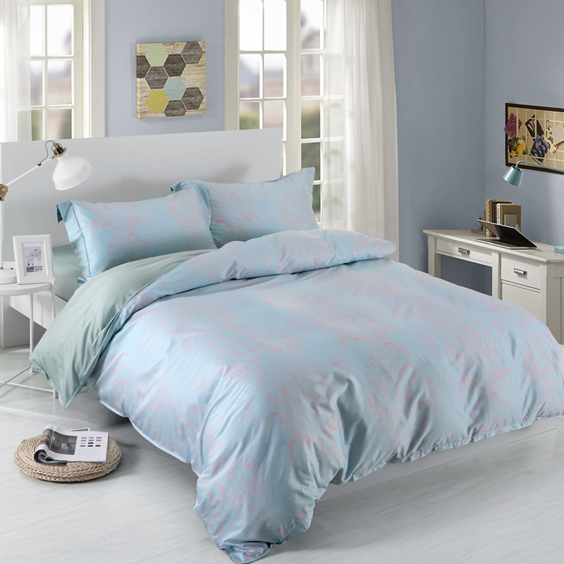Designer 60S Brocade Scroll Red Plants Pattern Shallow Blue 4-Piece Cotton Bedding Sets
