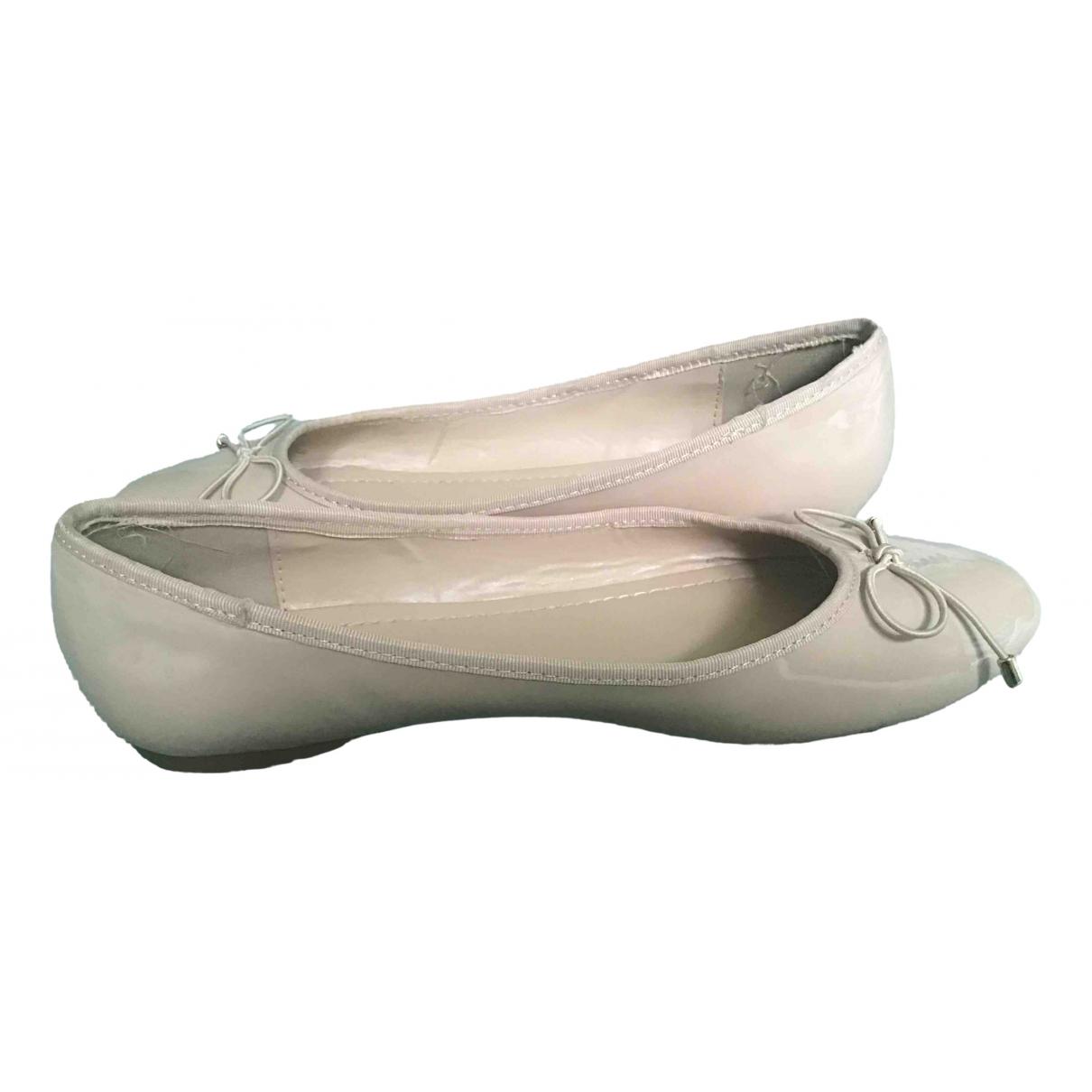 Kurt Geiger \N Ballerinas in  Rosa Lackleder