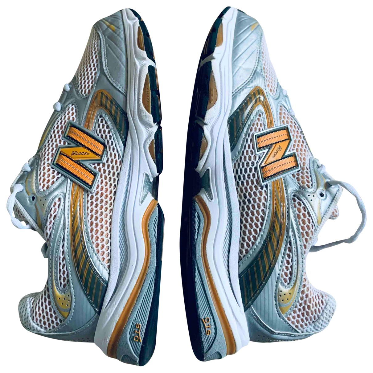 New Balance \N Multicolour Cloth Trainers for Men 45 EU