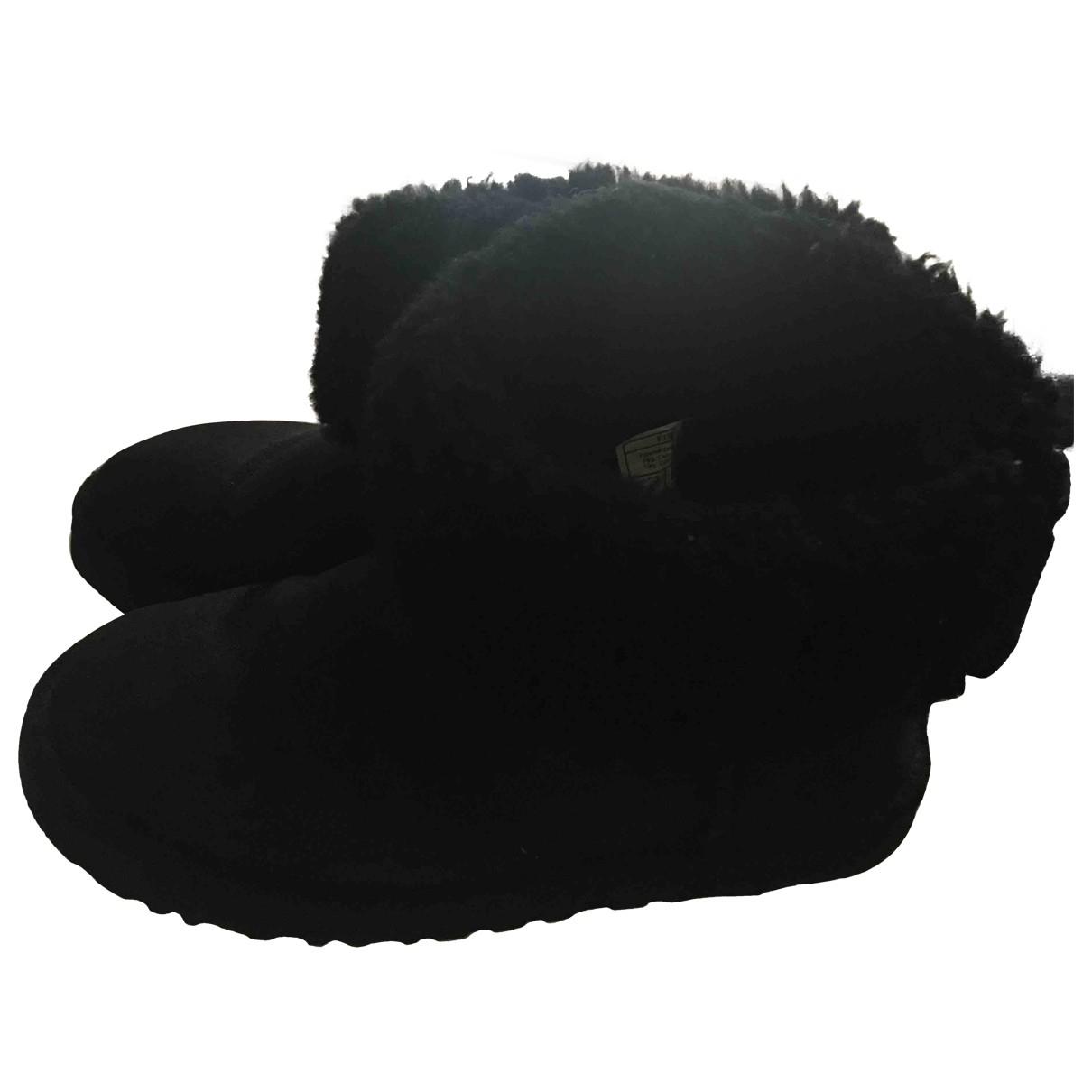 Ugg - Boots   pour femme en suede - noir