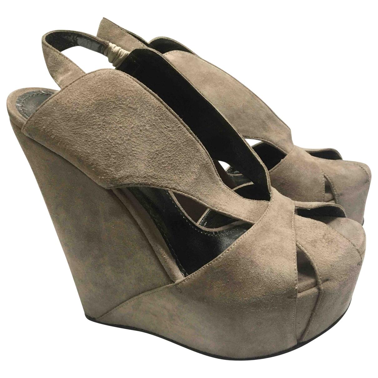 Dolce & Gabbana - Escarpins   pour femme en suede - gris