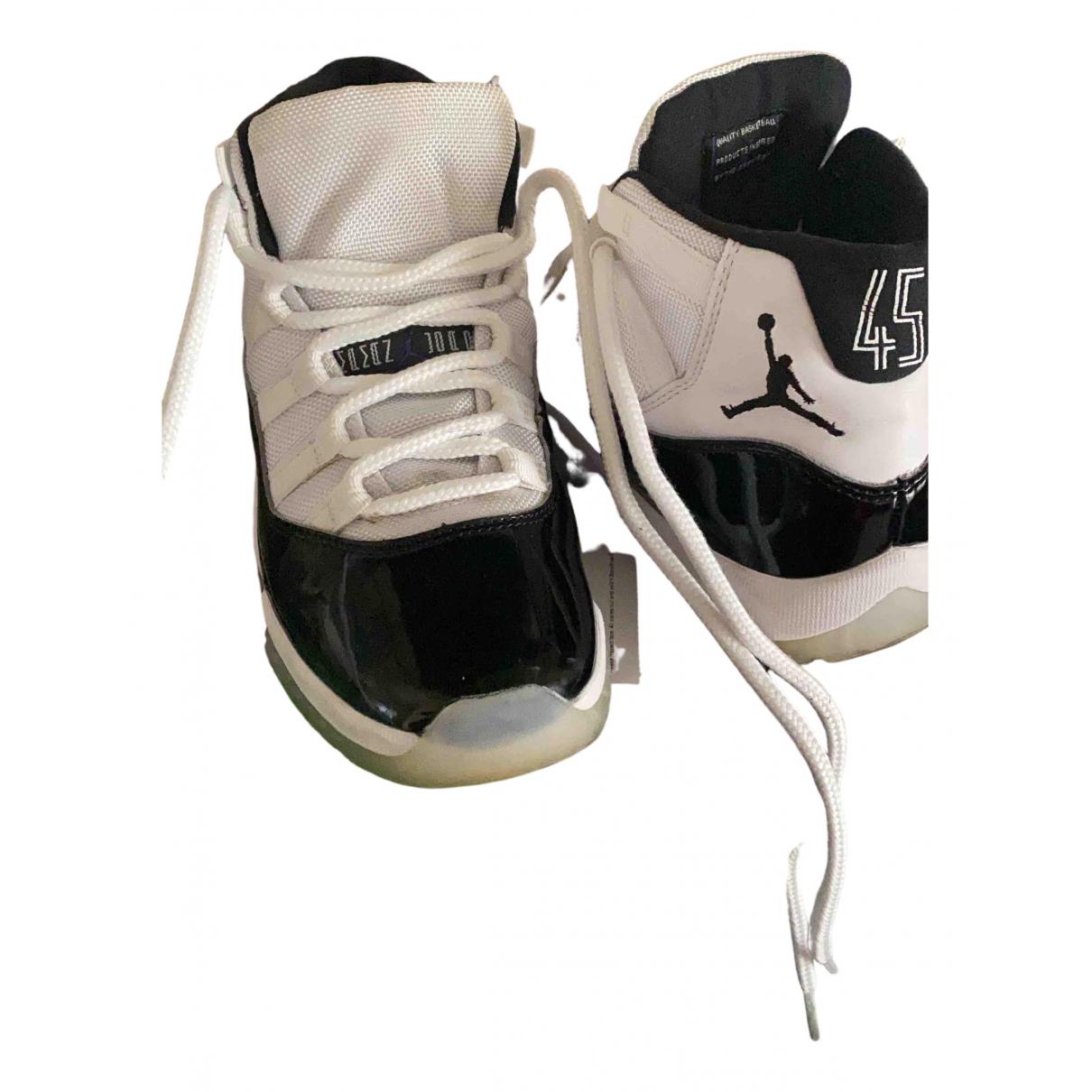 Jordan - Baskets Air Jordan 11 pour femme - blanc