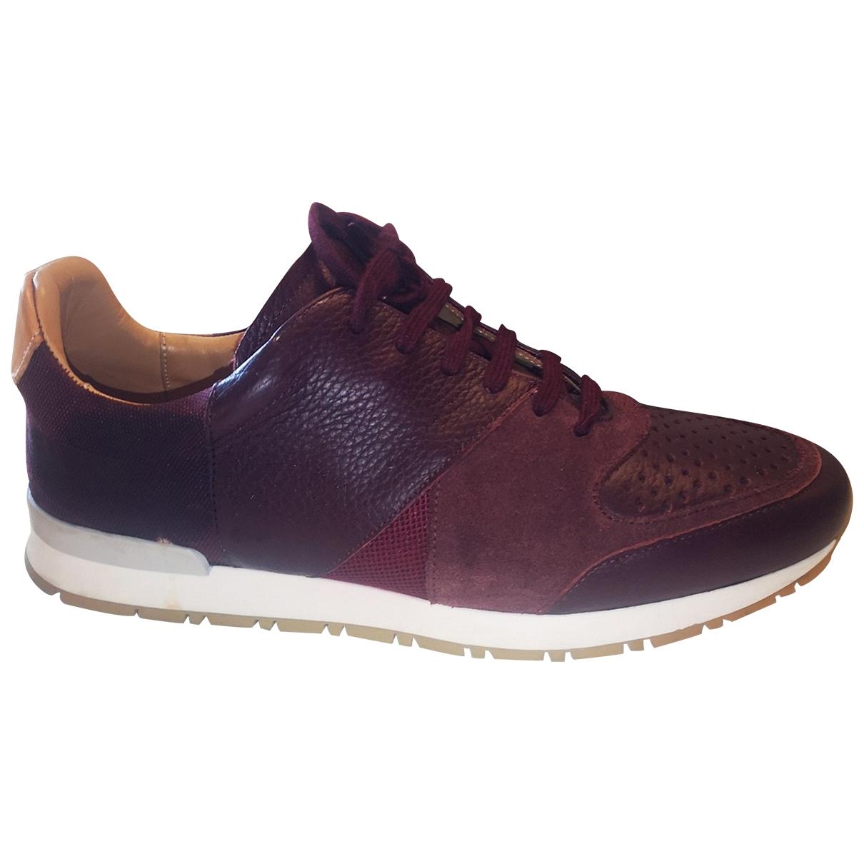 Pairs In Paris \N Sneakers in  Bordeauxrot Leder