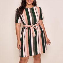 Grosse Grossen - Tunika Kleid mit Streifen und Guertel