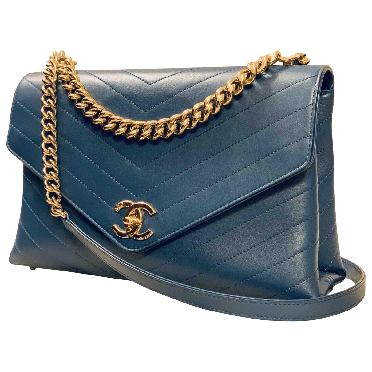 Chanel \N Handtasche in  Blau Leder