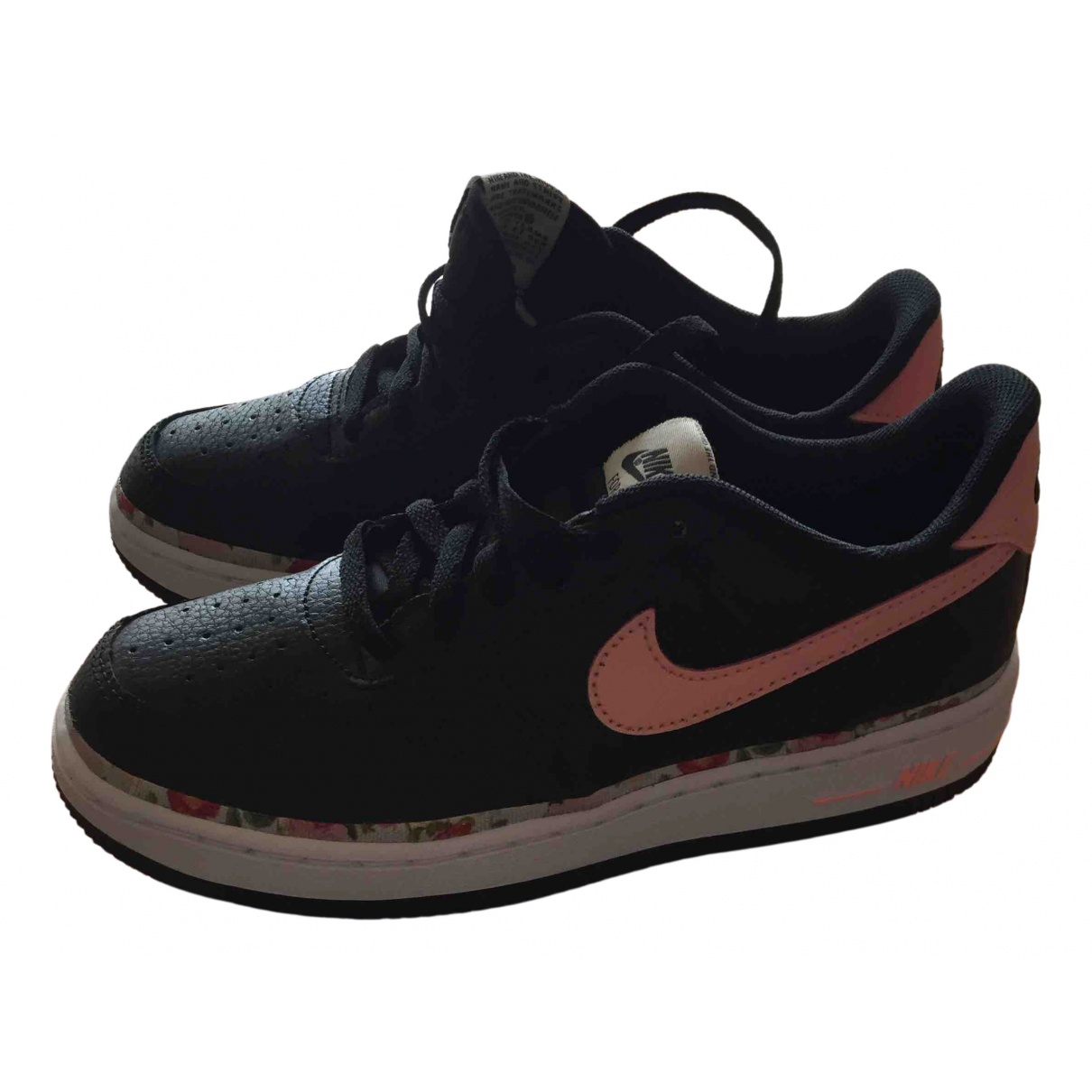 Nike Air Force 1 Black Leather Trainers for Kids 35 FR