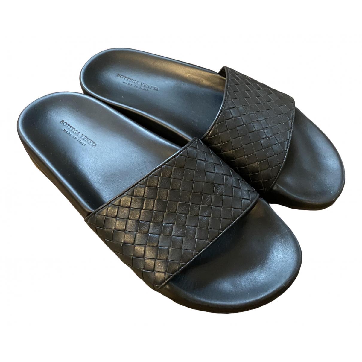 Bottega Veneta - Sandales   pour homme en cuir - noir