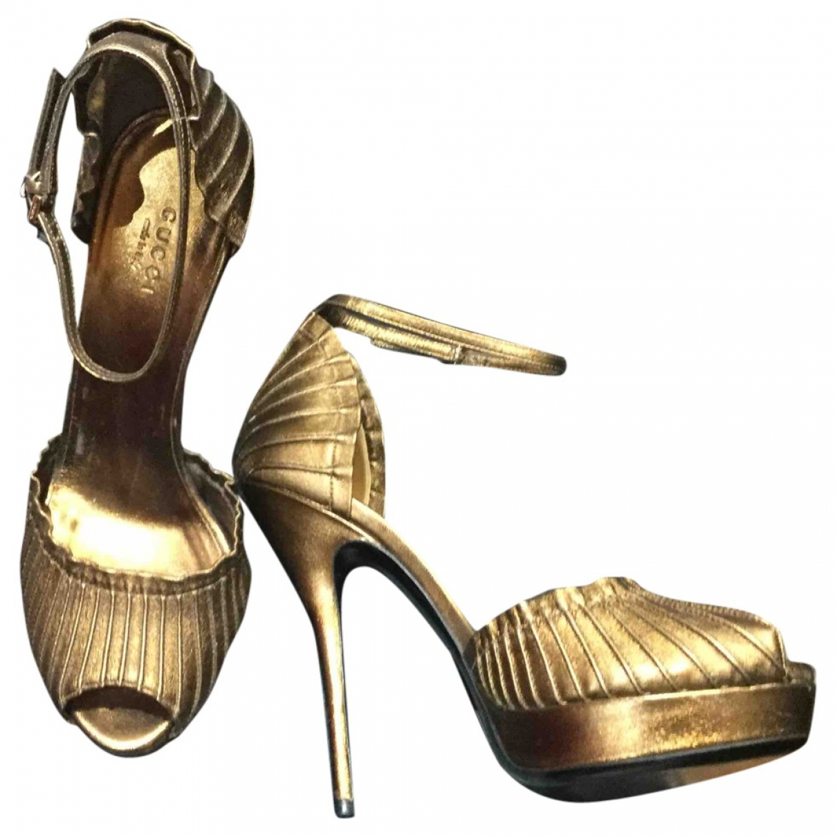 Gucci \N Metallic Leather Sandals for Women 38 EU