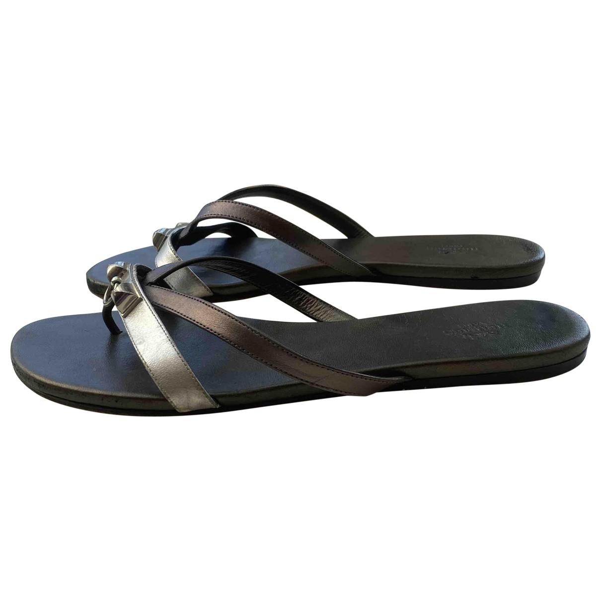 Hermès \N Grey Leather Sandals for Women 39 EU
