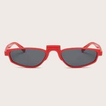 Sonnenbrille mit unregelmaessigem Acrylrahmen