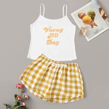 Cami mit Buchstaben Muster und Shorts PJ Set mit Plaid