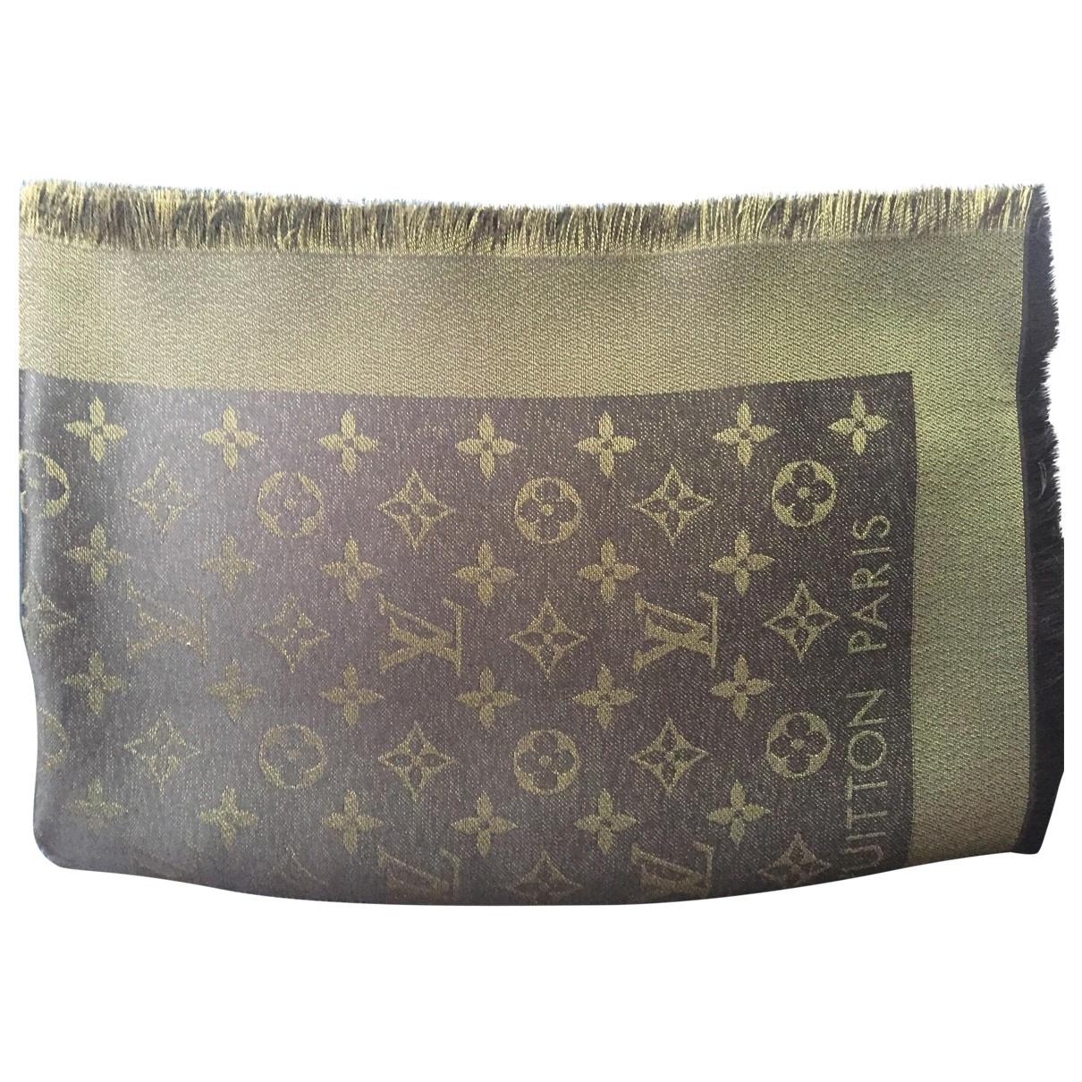 Louis Vuitton Châle Monogram shine Khaki Silk scarf for Women \N