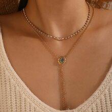 Halskette mit Strass Dekor und Quasten