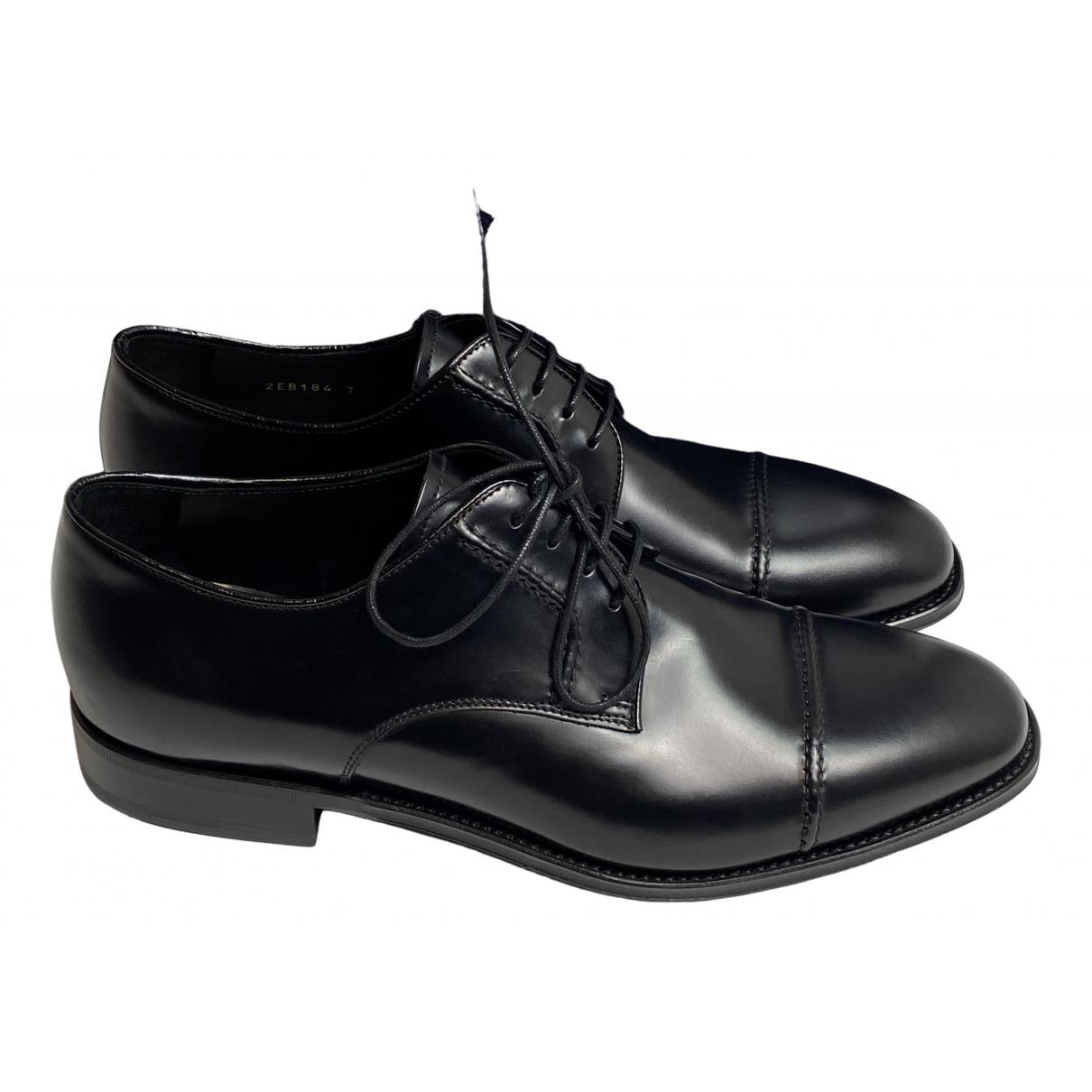 Prada \N Schnuerschuhe in  Schwarz Leder