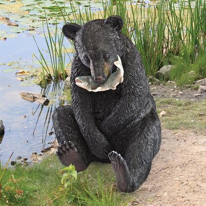 KY71194 Expert Fisherman Bear