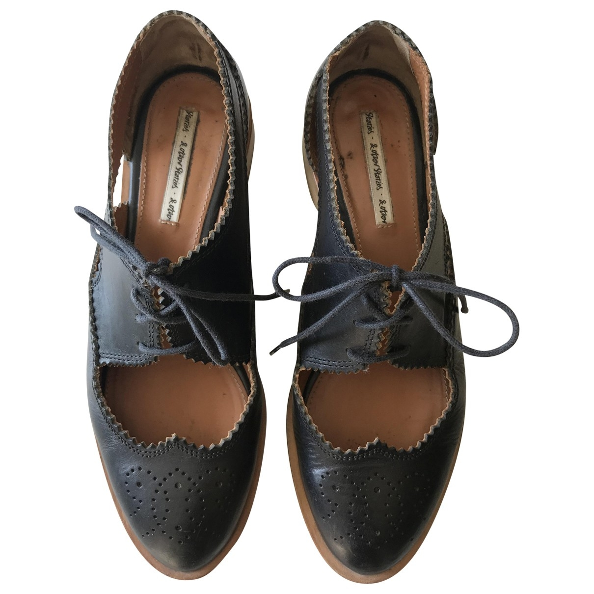 & Stories \N Black Leather Flats for Women 38 EU