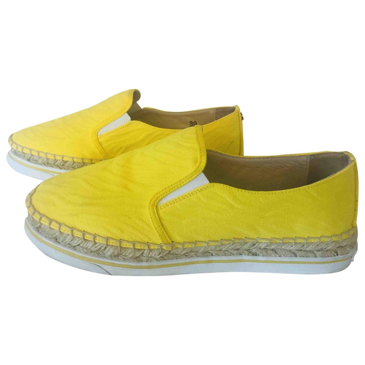 Jimmy Choo \N Espadrilles in  Gelb Leinen
