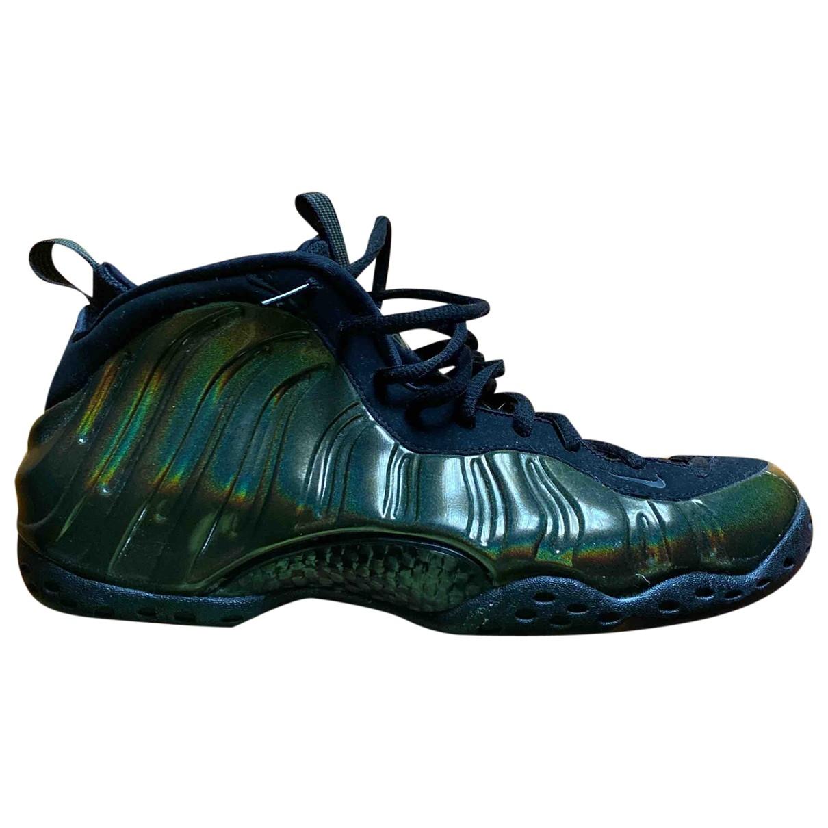 Nike - Baskets Air Foamposite pour homme en caoutchouc - vert