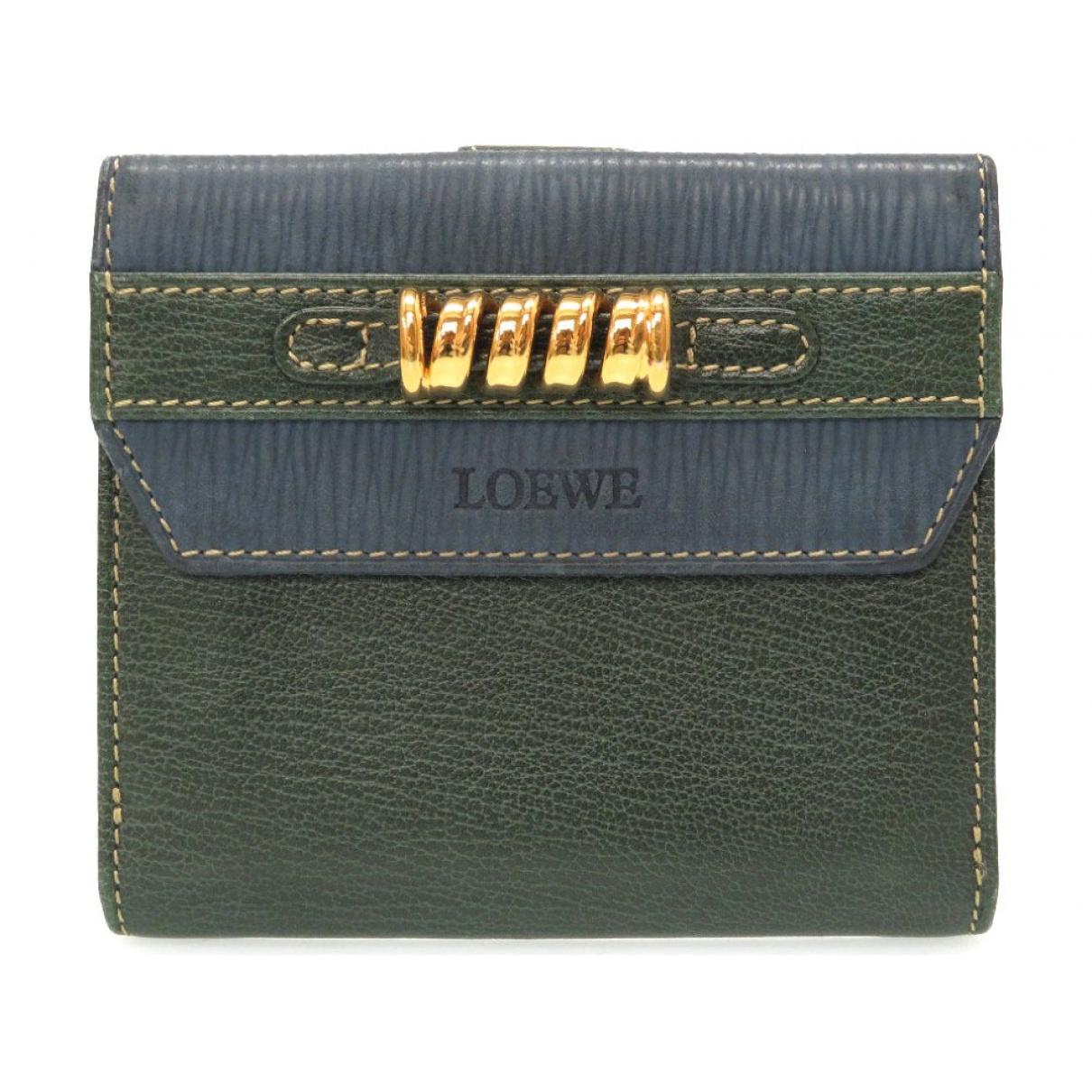 Loewe \N Portemonnaie in  Gruen Leder