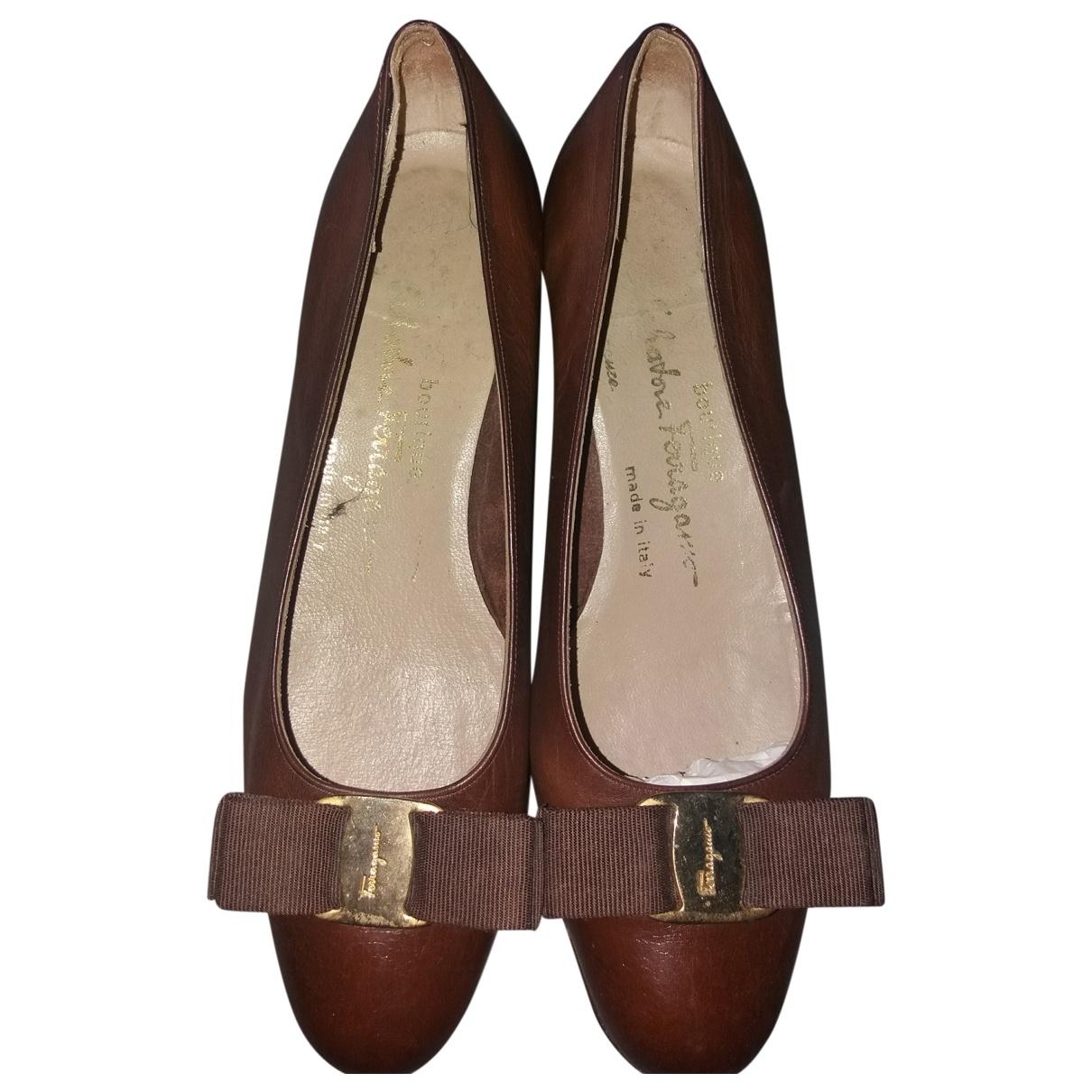 Salvatore Ferragamo \N Brown Leather Flats for Women 36.5 EU