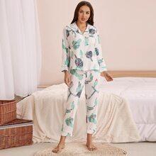 Schlafanzug Set mit Kaktus Muster und Taschen vorn