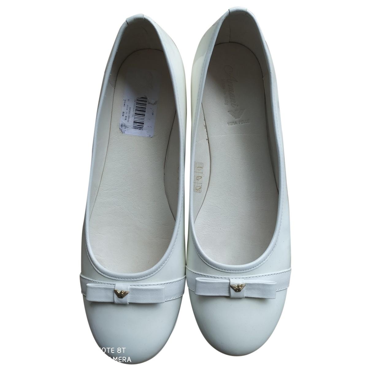 Giorgio Armani \N White Patent leather Ballet flats for Women 40 EU