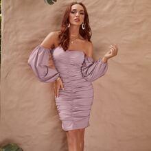 Glamaker schulterfreies Kleid mit Ruesche