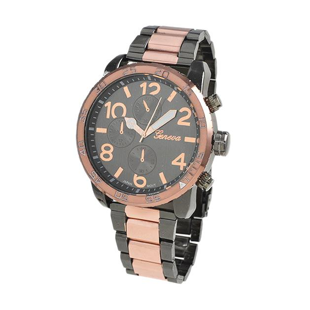 Clean Rose Gold and Black Metal Band Watch