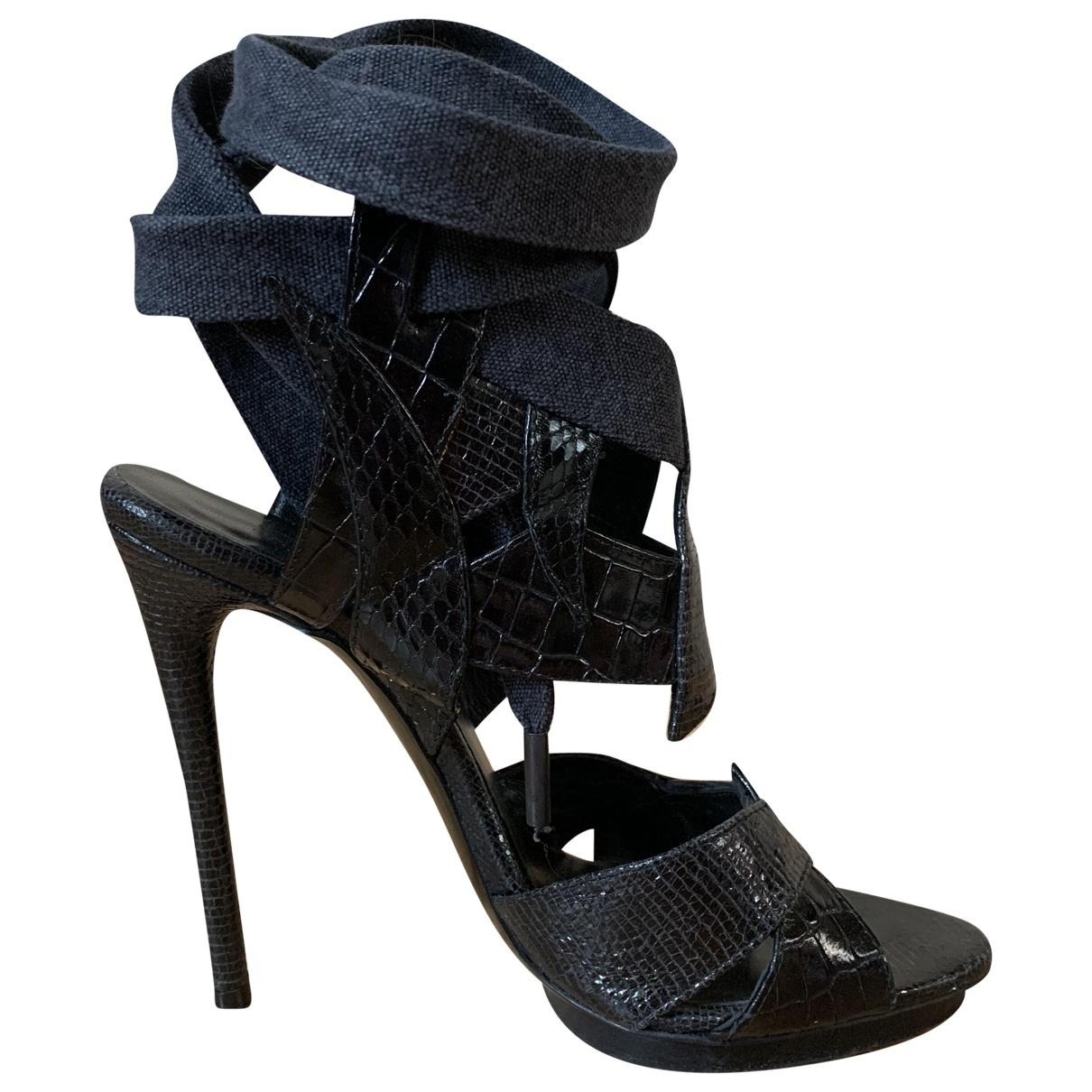 Sandalias romanas Balenciaga