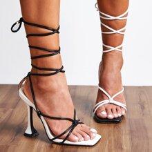 Sandalen mit Beinband