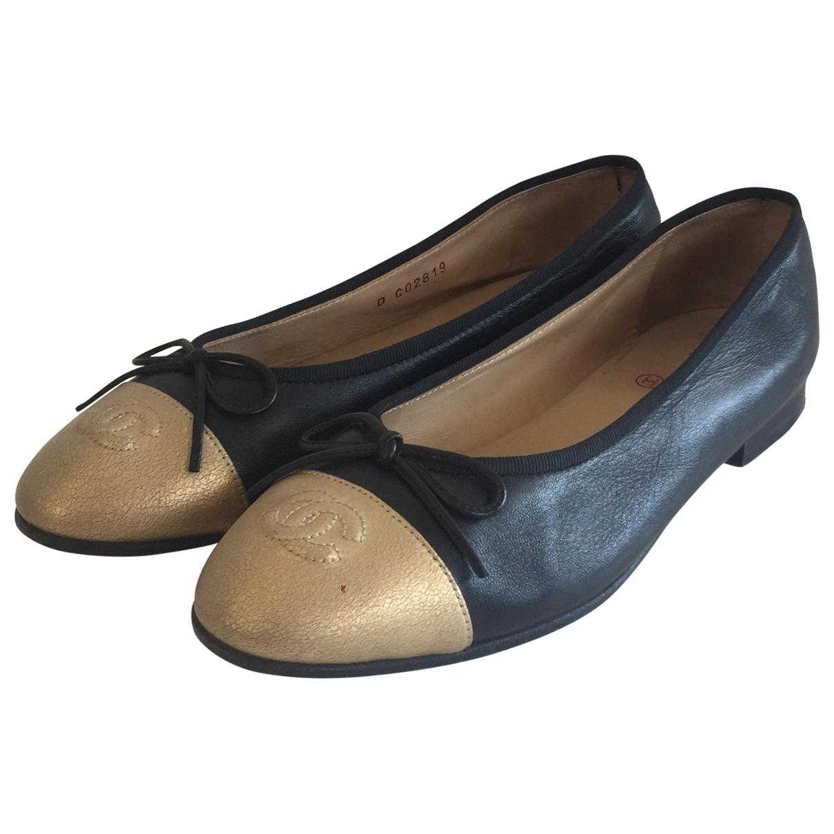 Chanel \N Black Leather Ballet flats for Women 39.5 EU