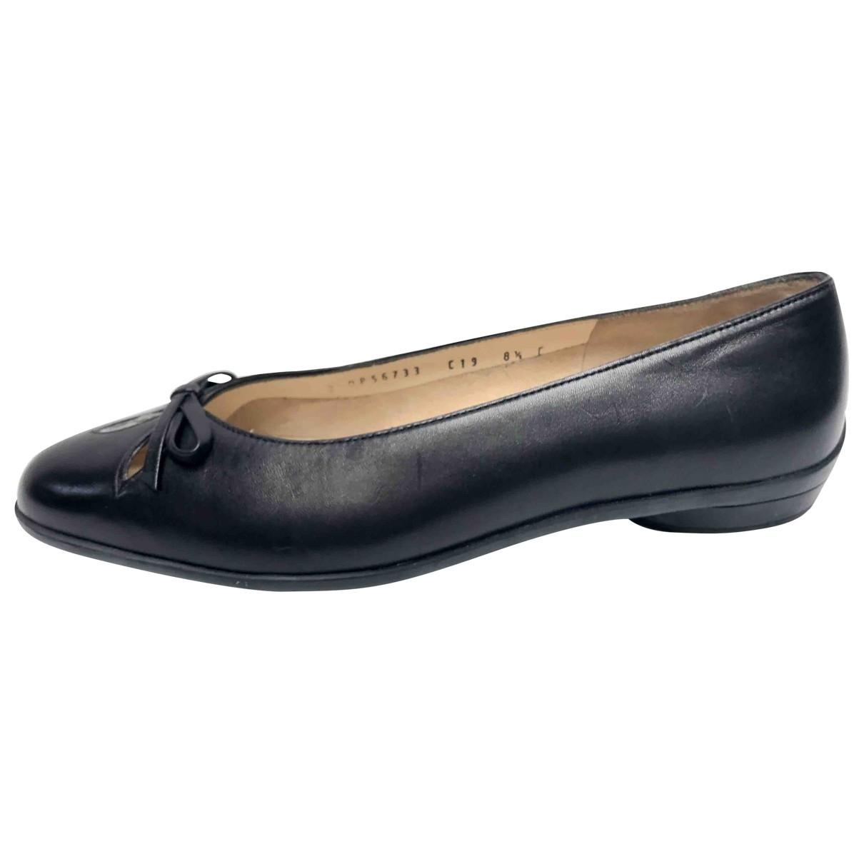 Salvatore Ferragamo \N Black Leather Ballet flats for Women 8.5 US