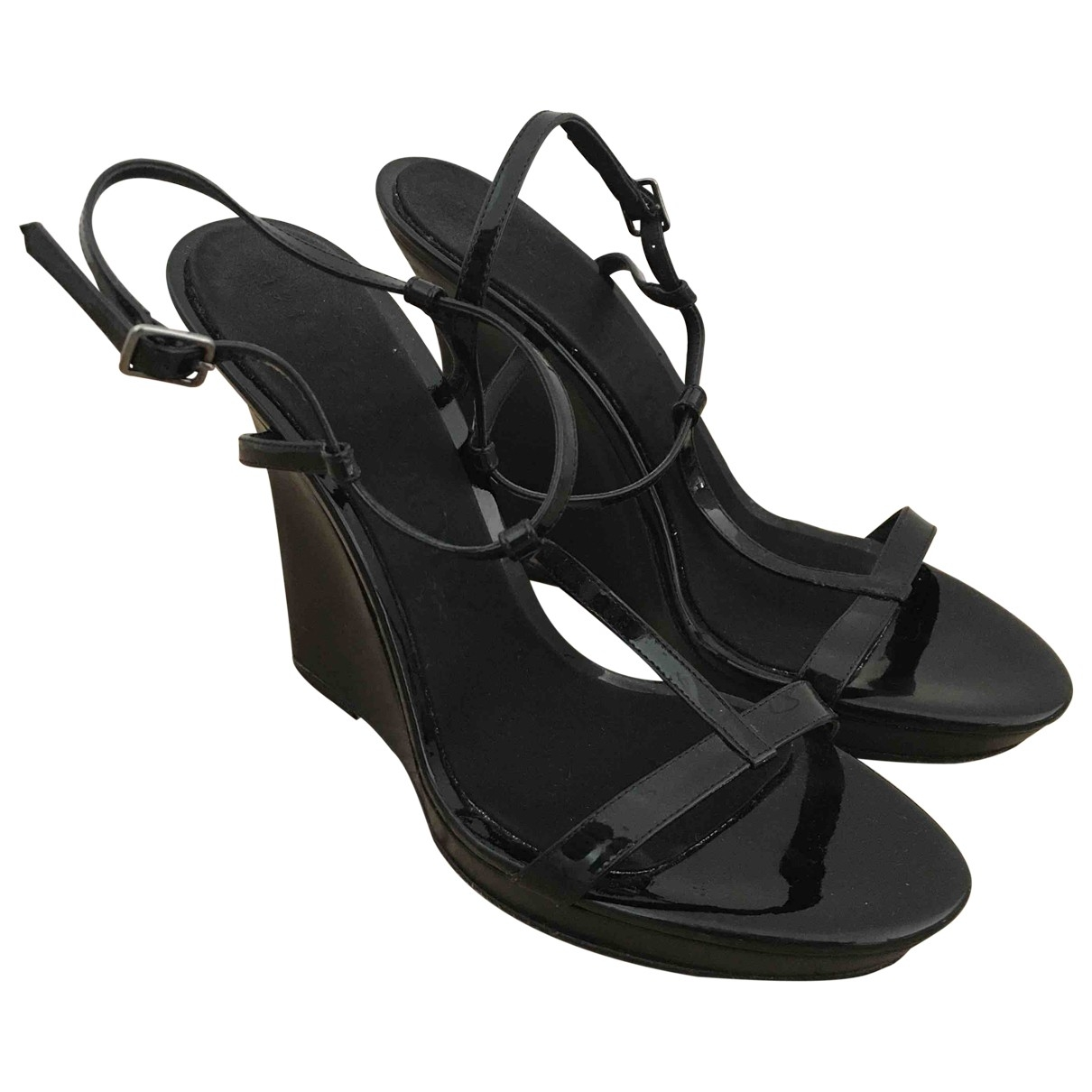 Burberry \N Black Patent leather Sandals for Women 39 EU