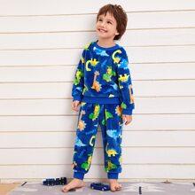 Pajama Set mit Dinosaurier und Buchstaben Grafik