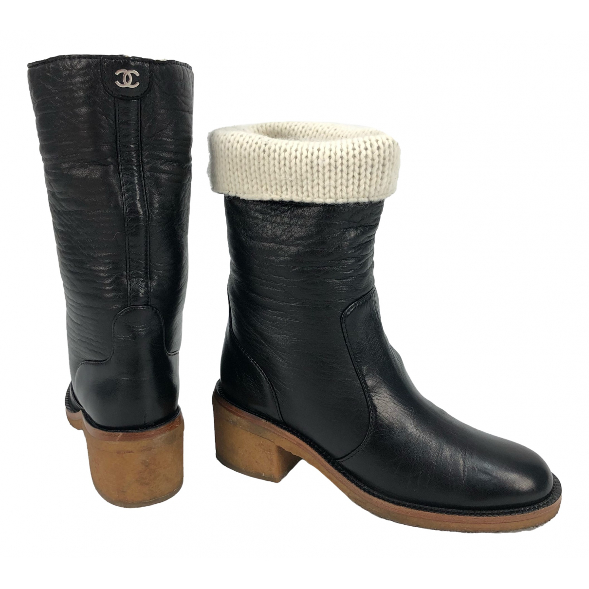 Chanel \N Black Leather Ankle boots for Women 38.5 EU