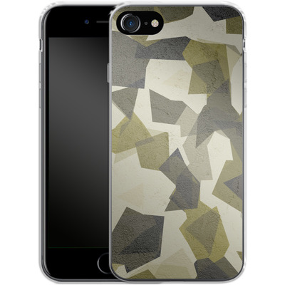 Apple iPhone 8 Silikon Handyhuelle - Geometric Camo Green von caseable Designs