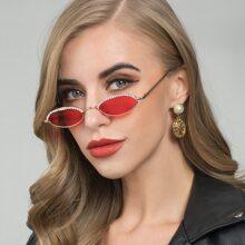 Gafas de sol de marco oval grabado con diamante de imitacion con estuche