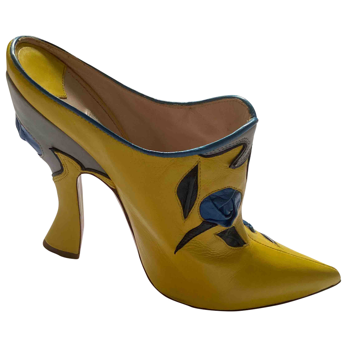 Miu Miu \N Yellow Leather Ankle boots for Women 39 EU
