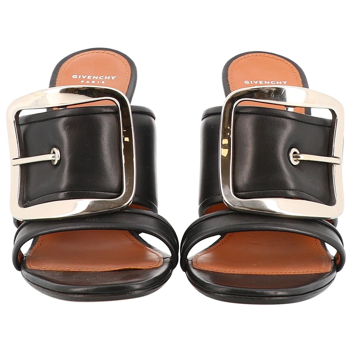 Zuecos de Cuero Givenchy