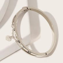 1pc Letter & Heart Decor Bracelet
