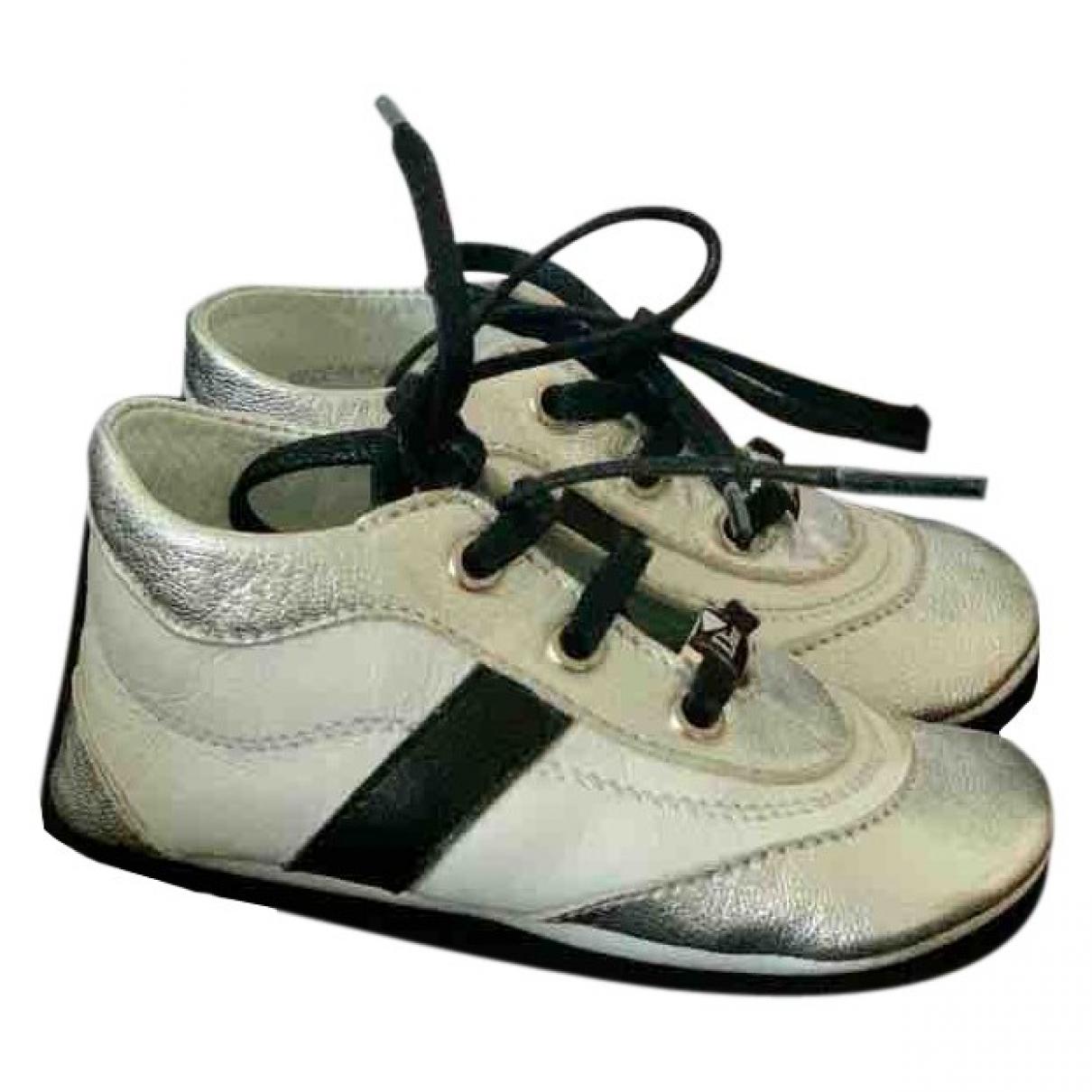 Dior \N Sneakers in  Silber Mit Pailletten