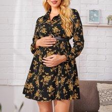 Maternidad vestido con boton delantero floral sin cinturon