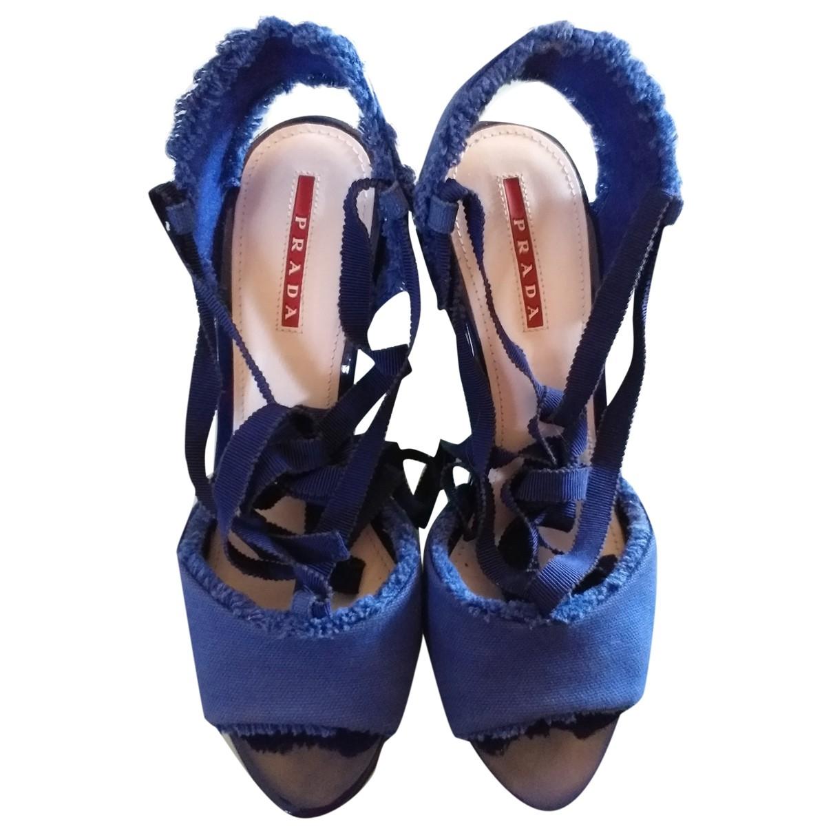 Prada \N Sandalen in  Blau Leinen