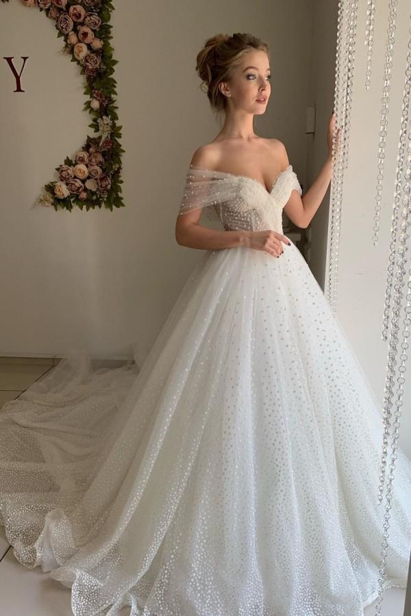 Trendy schulterfreie Princess Pearl White Ballkleid Brautkleider