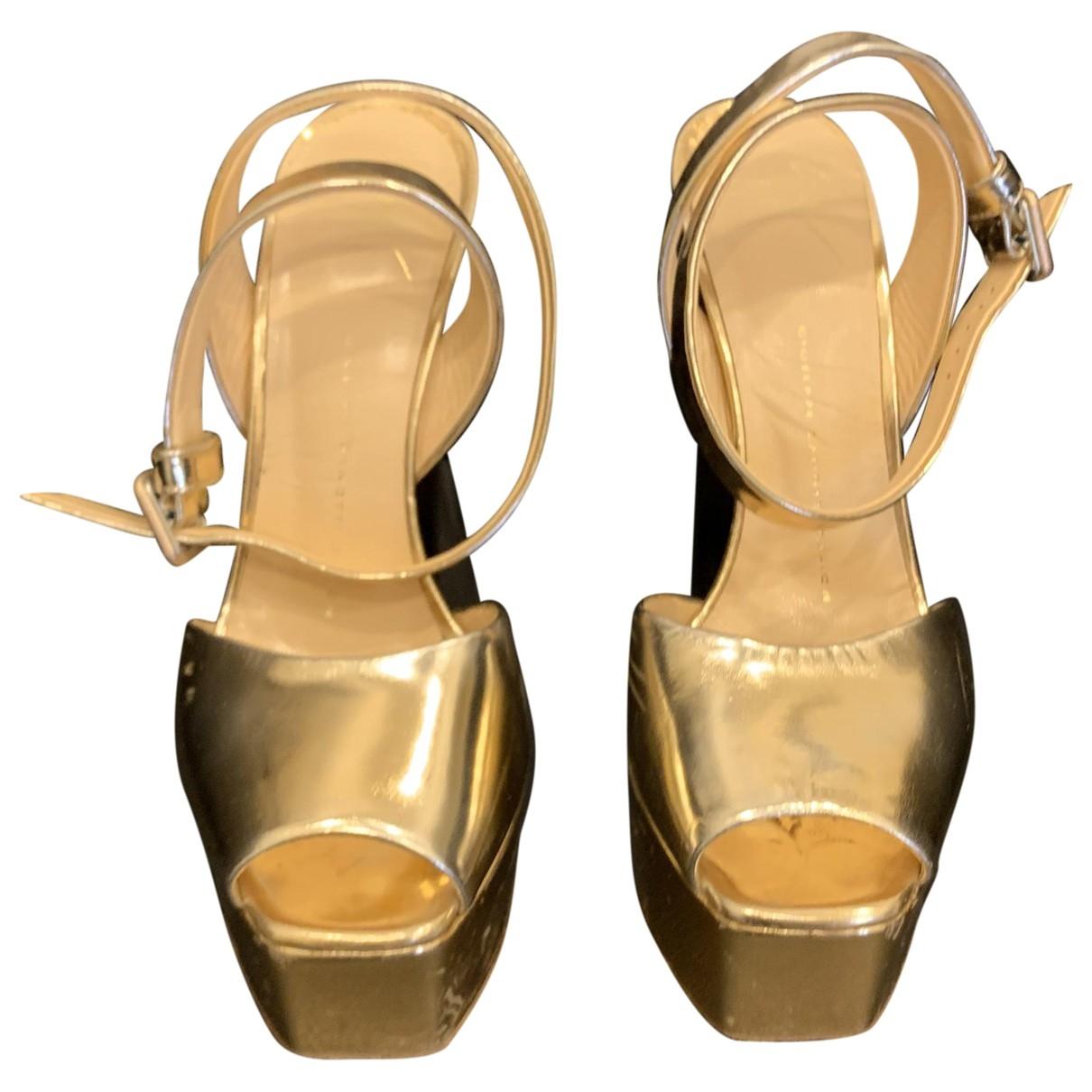 Giuseppe Zanotti \N Gold Leather Sandals for Women 38 EU