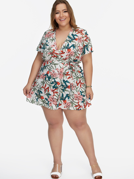 Yoins Plus Size Multi V-neck Floral Print Short Sleeves Romper