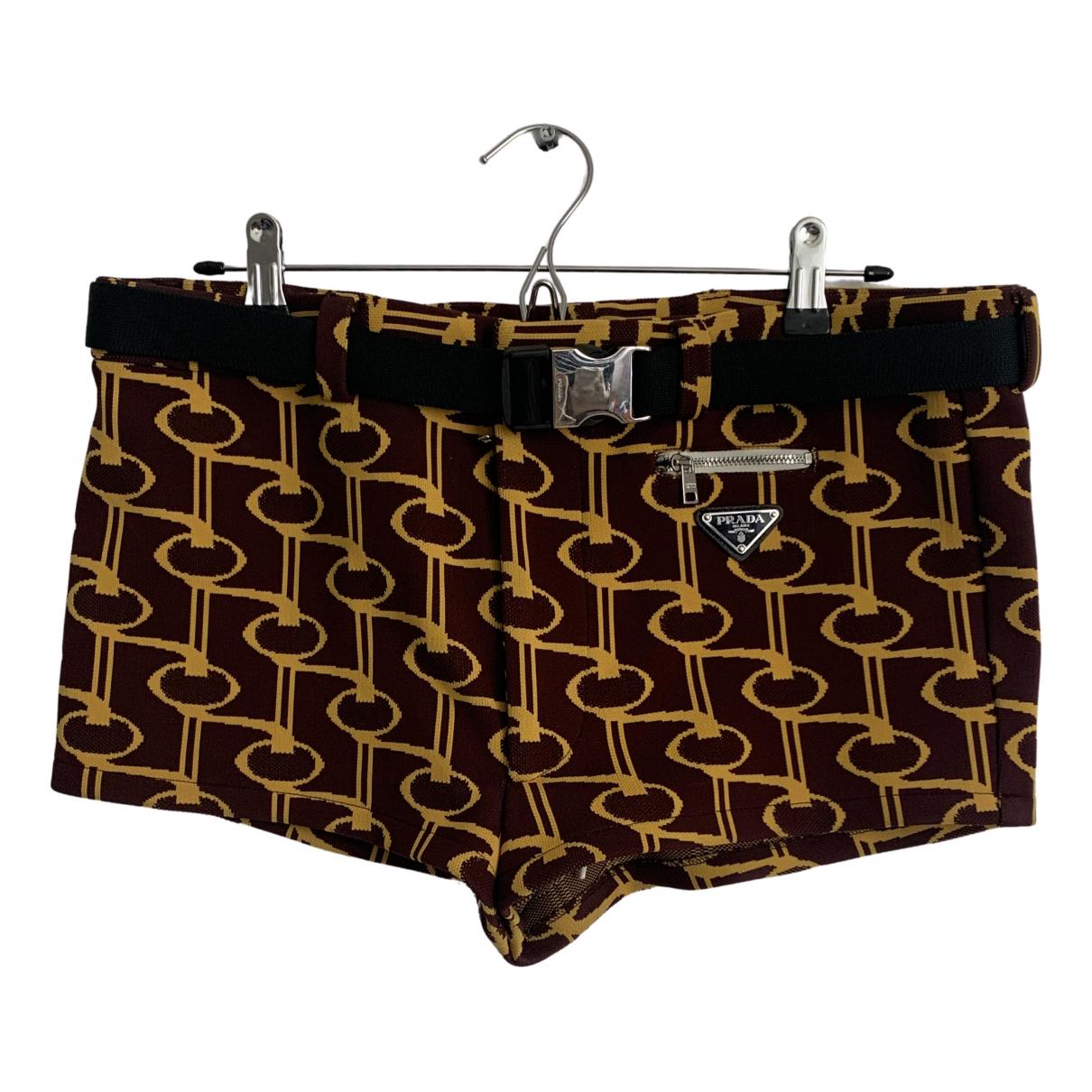 Prada \N Shorts in  Bordeauxrot Synthetik
