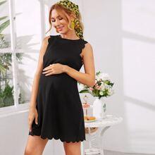 Vestido maternidad de borde en abanico de espalda con ojal