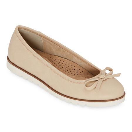 St. Johns Bay Womens Cadew Slip-On Shoe, 8 Wide, Beige